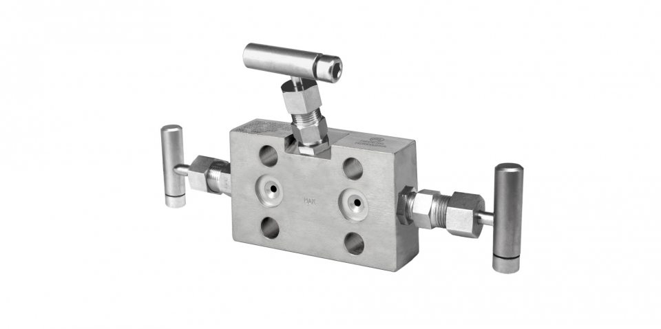 2 ways 3 valves, flanged mounting to transmitter, tipo petaca (Ref. MB5-23)